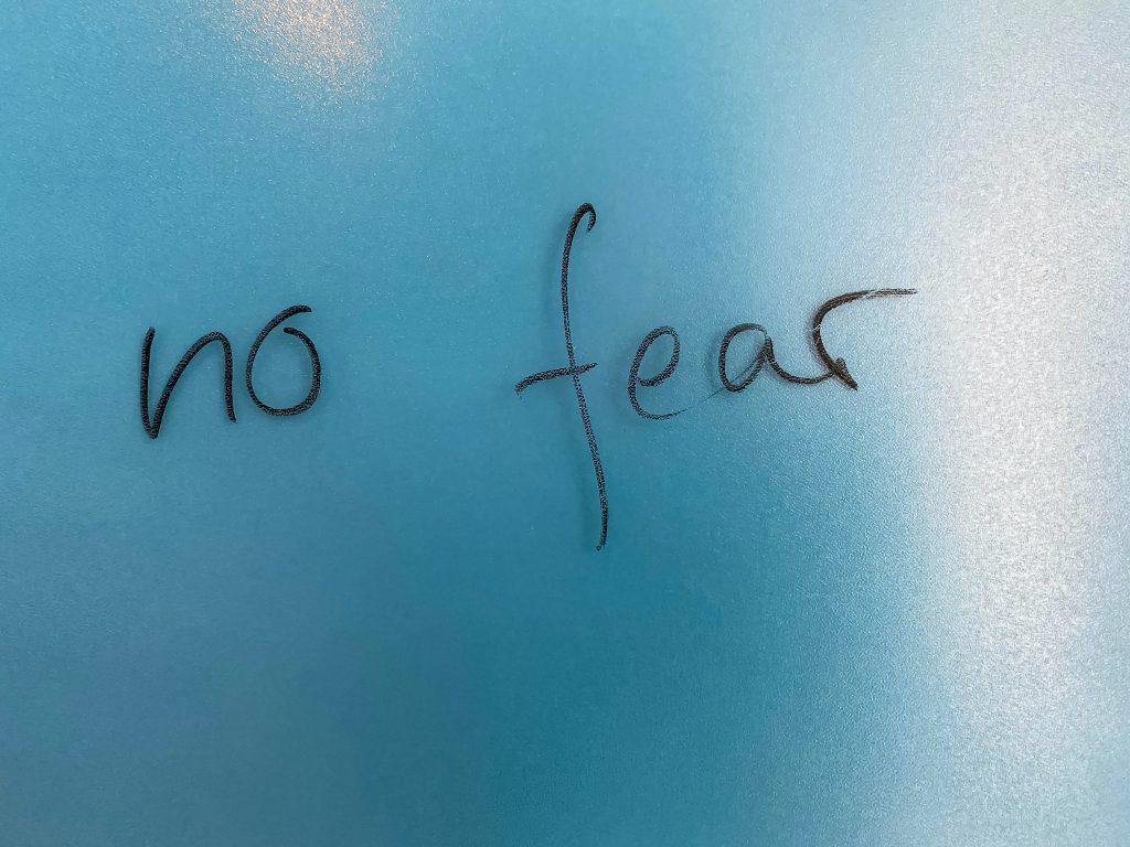 letras en ingles no fear
